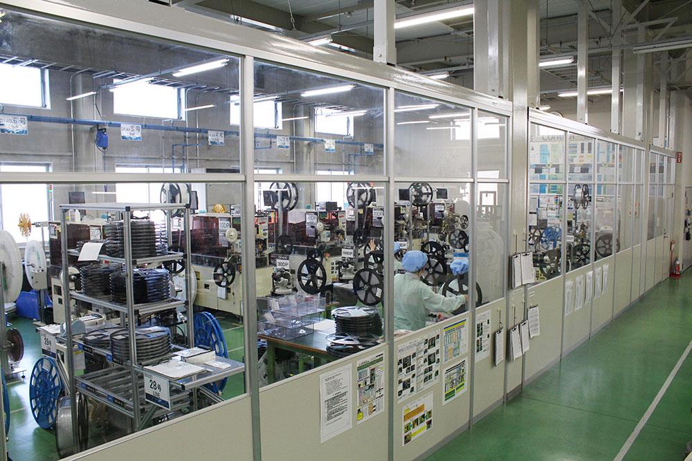 富山工場設備の検査工程1